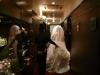 美容室を出る花嫁様