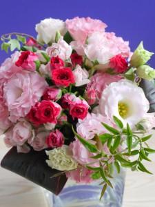 母の日 花束 明るいピンク系